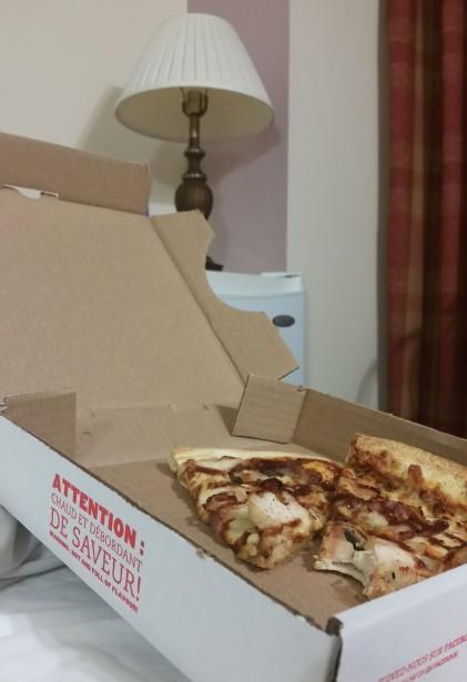 hotel pizza
