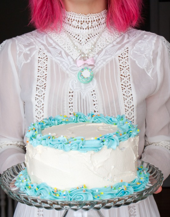 cake necklace 5