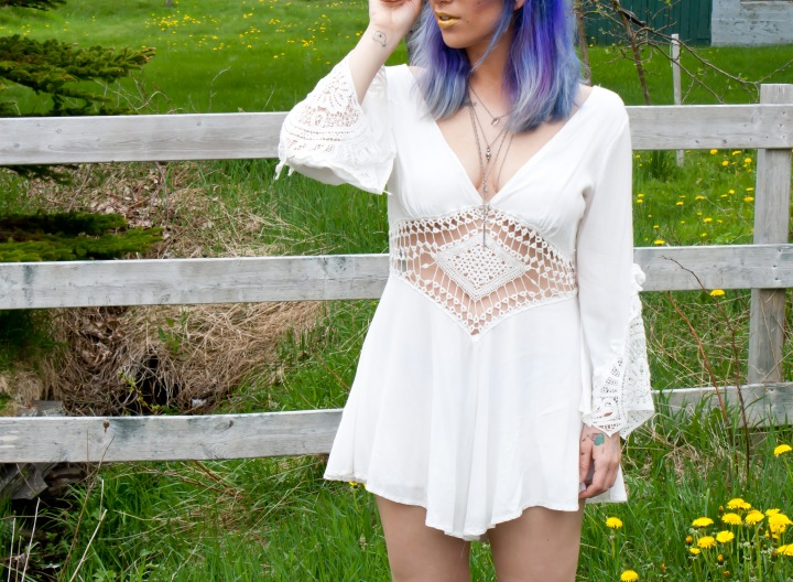 whiteplaysuit6